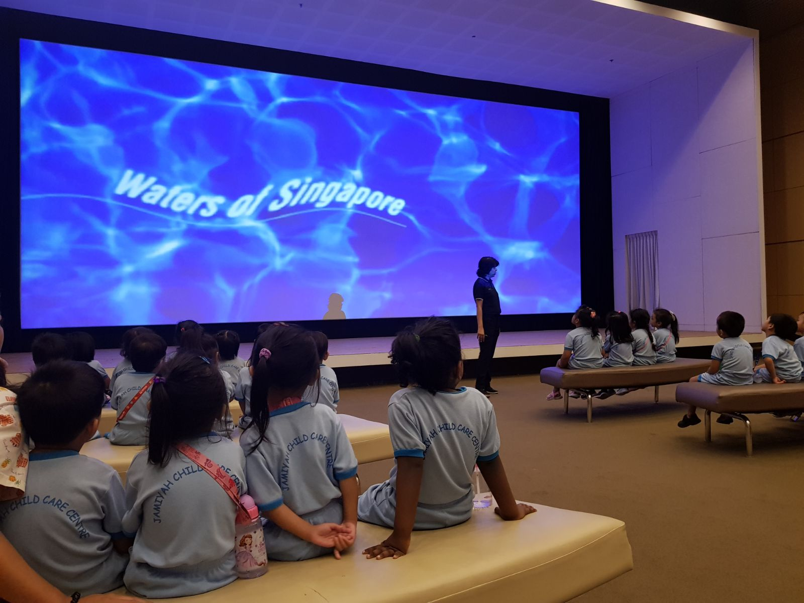 Students of JCCC AMK visits NEWater Singapore